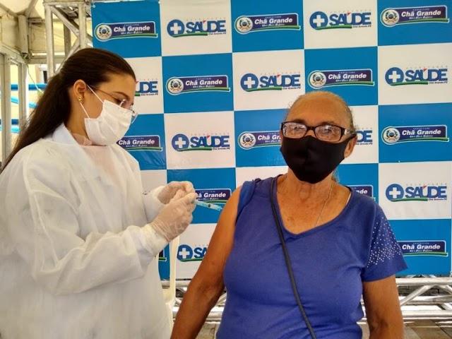 Secretaria de Saúde de Chã Grande convoca para aplicação da segunda dose da Pfizer; saiba quem deve participar
