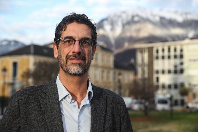 Köteleznek egy polgármestert, hogy engedélyezze egy iszlamista iskola felépítését