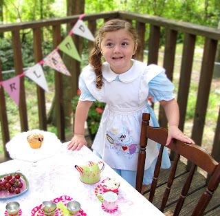 Alice in Wonderland tea party for birthday