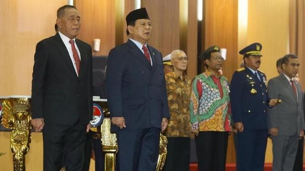 Dari Pak Menko, Panglima hingga Petinggi Gerindra Datang Melihat Prabowo Subianto