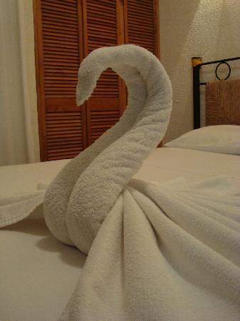 El Blog Hotelero Como Se Colocan Las Toallas En Los Hoteles - Decoracion-con-toallas