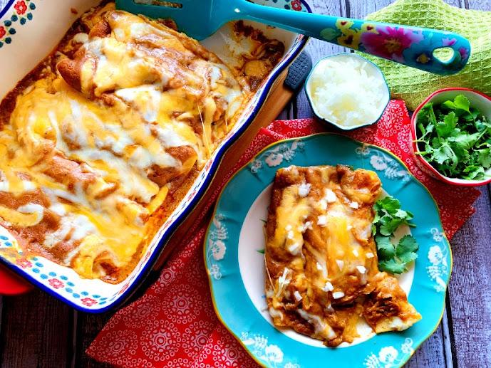 Cheese Enchiladas with Tex-Mex Chili Gravy