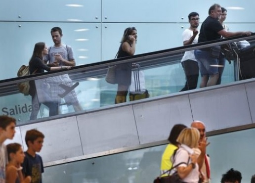 126 Albanians equipped with false documents aiming Britain detained in Spain
