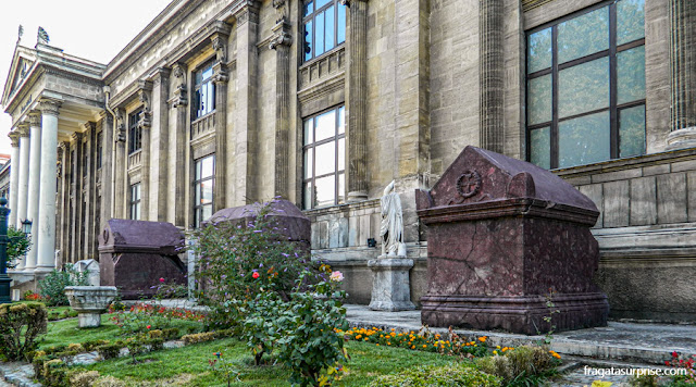 Sarcófagos de imperadores bizantinos no Museu Arqueológico de Istambul