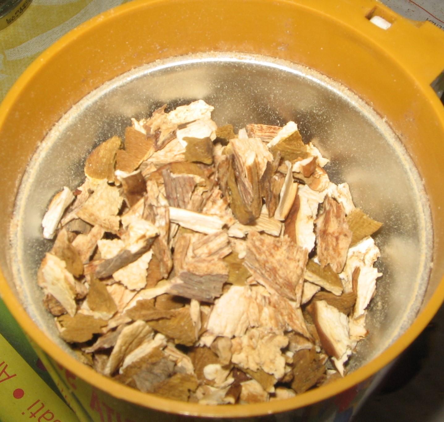 Non solo cucine isolane polvere di funghi porcini secchi - Funghi secchi a bagno ...