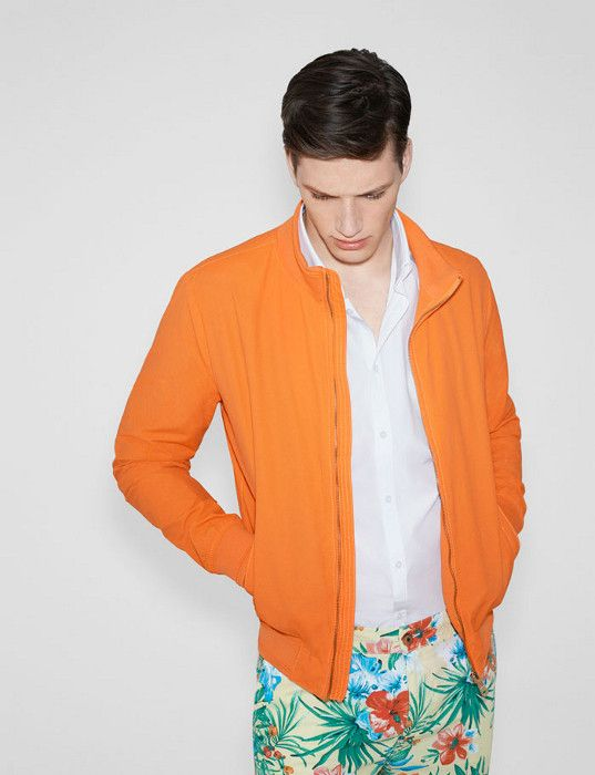 tendencias masculinas verão 2019: Look Neon Masculino