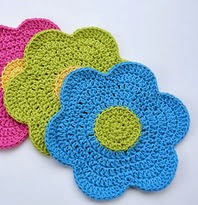 http://www.ravelry.com/patterns/library/flower-power-dishcloth-2
