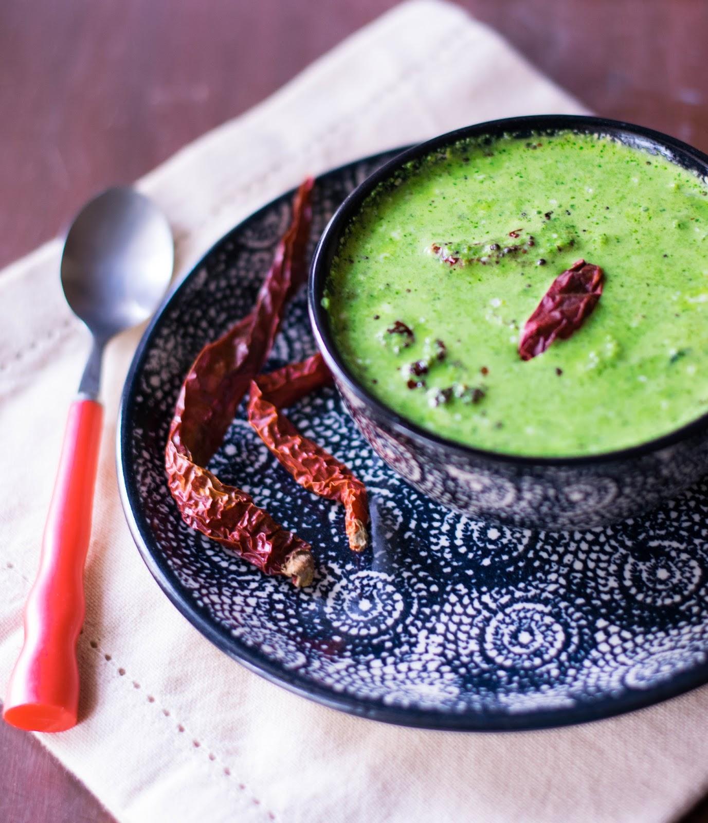Veggiesome: Manathakkali Keerai Tambli