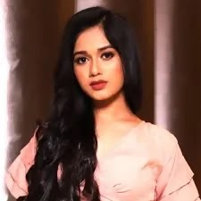 Jannat Zubair Biography:age,family,income,boyfriend and affairs
