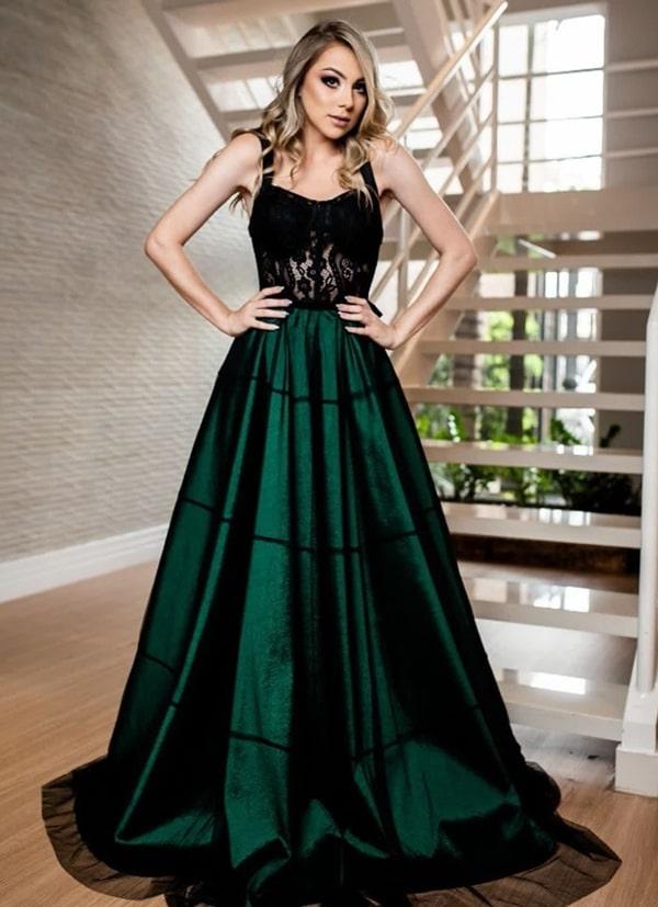 vestido de festa longo verde com corpete preto para madrinha de casamento