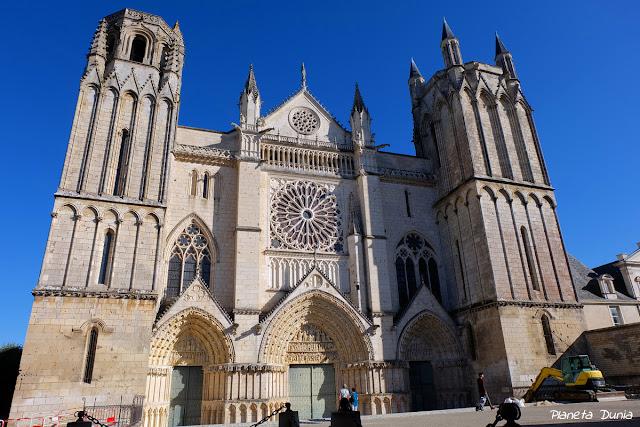 Basilique-Cathédrale Saint-Pierre