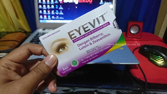 aku mulai mengkonsumsi eyevit untuk memelihara kesehatan mata