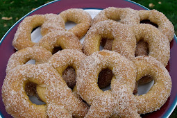 Cinnamon Sugar Soft Pretzels Recipe #desserts #cakerecipe #chocolate #fingerfood #easy