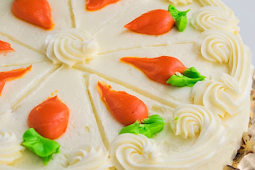 MOIST CARROT CAKE WITH CREAM CHEESE FROSTING #desserts #cakerecipe