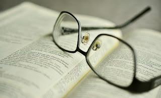9 Versículos sobre Dispensação na Bíblia