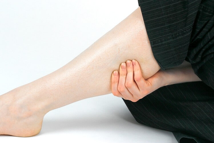 Scientists Explain 4 Things That Cause Leg Cramps (And How to Fix It)