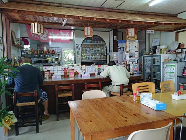 麺家にらいの店内の写真