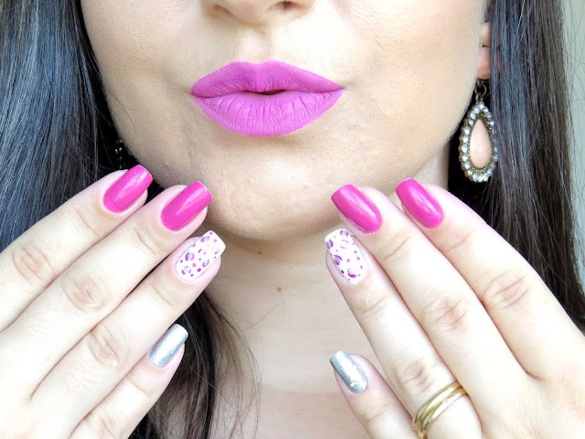 unhas decoradas boca rosa