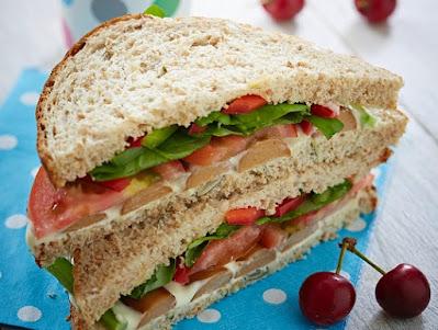 Sandwich and cherries