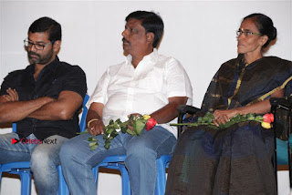 Oru Naal Tamil Short Film Launch Stills  0050.jpg