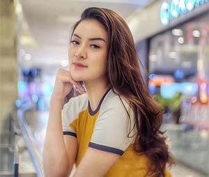 Sylvia Genpati Cantik