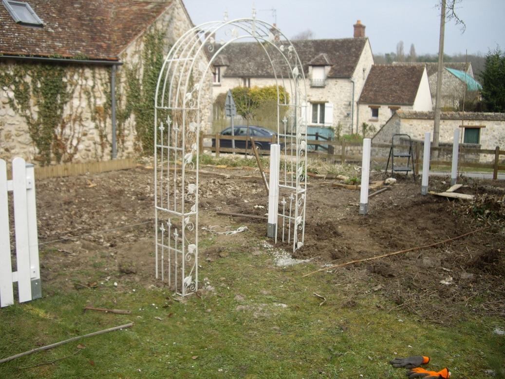 Arche Pour Fleurs Grimpantes Leroy Merlin derrière les murs de mon jardin: projet de printemps 2