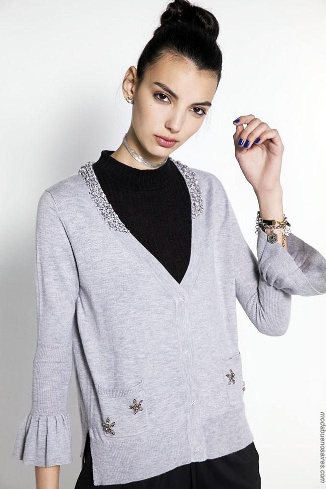 Moda mujer invierno 2018. Ropa de moda tejidos invierno 2018.