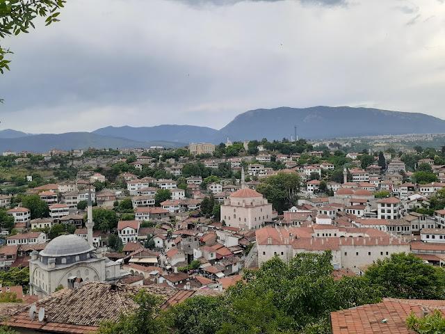 Hıdırlık Seyir Tepesi üzerinden tarihi Safranbolu Eski Çarşı şehir merkezine bakış...