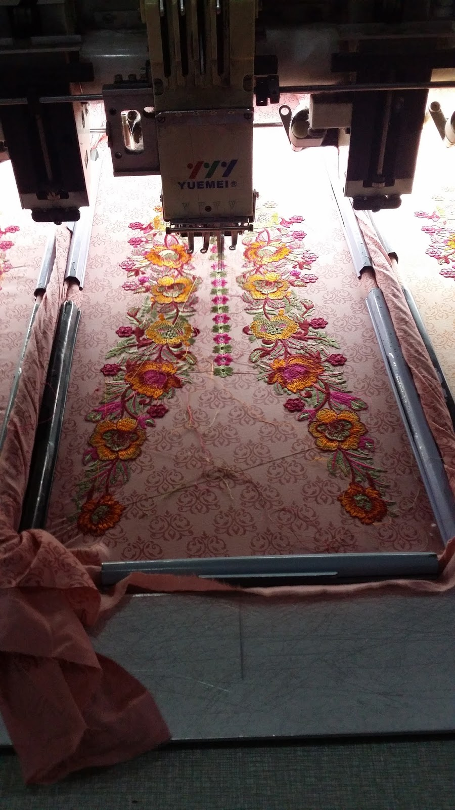 Pakistani Indian Ladies Suits Embroidery Designs