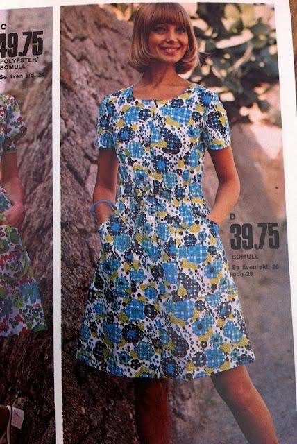 c6c4da6e040e Ellos vår & sommar 1973 är så fullmatad med fina klänningar! Jag kan dock  inte sluta förundras över hur korta klänningar man satte på barnen!