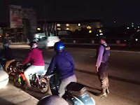 Sapa Pemotor di Jembatan Gondolayu, Polsek Jetis Sampaikan Imbauan Prokes