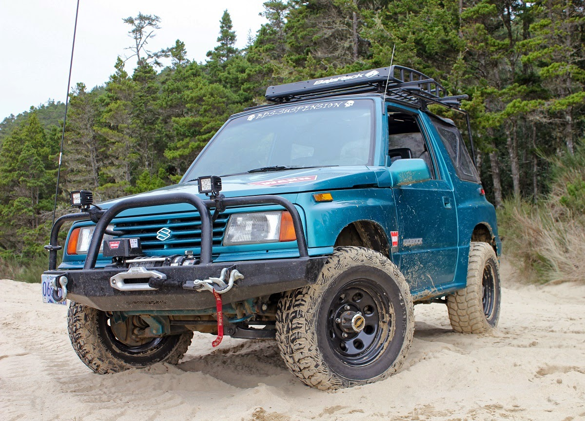 Suzuki Sidekick at Winchester Bay Dunes in Oregon