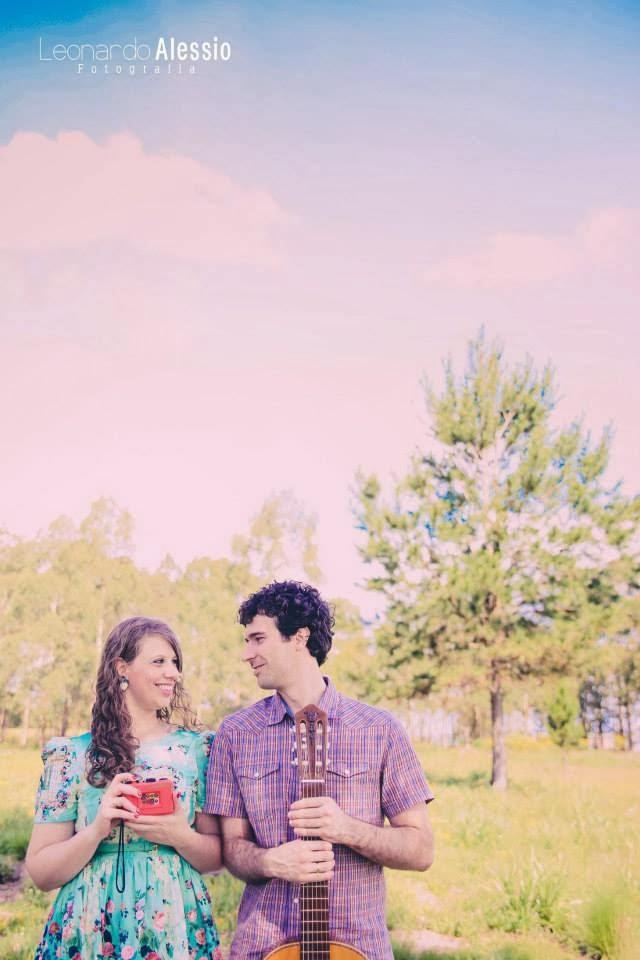 e-session - ensaio noivos - ensaio casal - engagement - antix - ensaio ao ar livre - ensaio de dia - ensaio vintage - fotografia - camera - violao