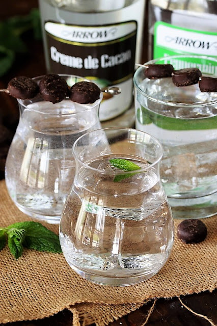 Easy Mint Chocolate Cocktail with Mint Leaf Garnish Image