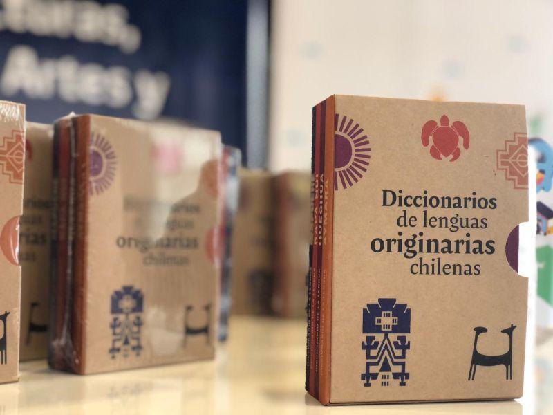 Diccionarios en Mapudungun, Quechua, Aymara y Rapa Nui