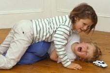 En Komik Fıkralar - Karı Koca ve Kadın Erkek Fıkraları - Senin Çocuklarla Benim Çocuklar - komiklerburada