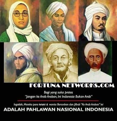 "<img src=""#Indonesian Independence Day,.jpg"" alt=""SIAPA BILANG MEREKA SUDAH MERDEKA?"">"
