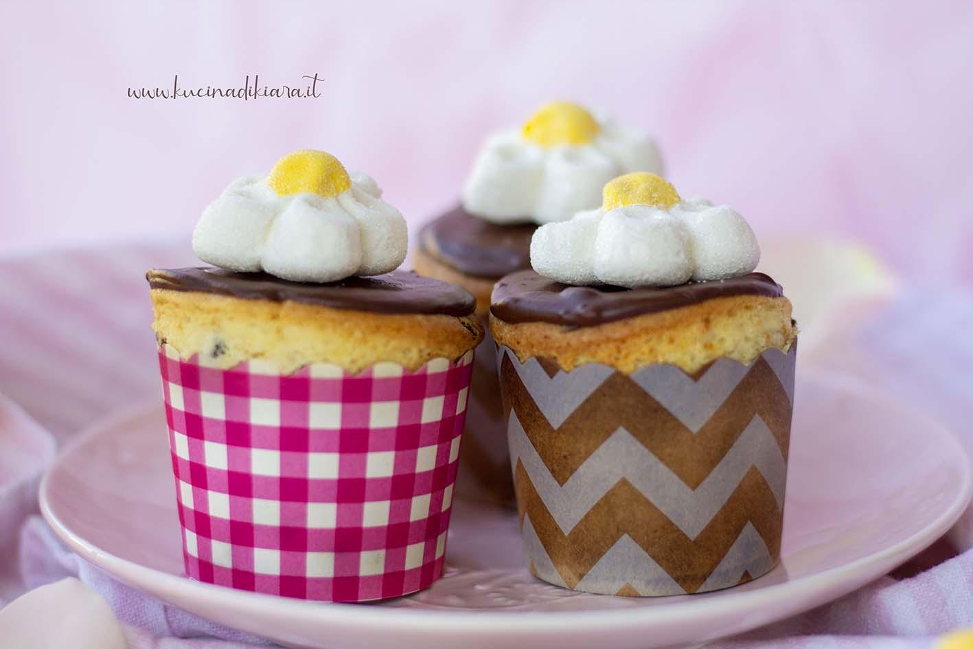 •Preparazione cupcake al cioccolato semplice e veloce