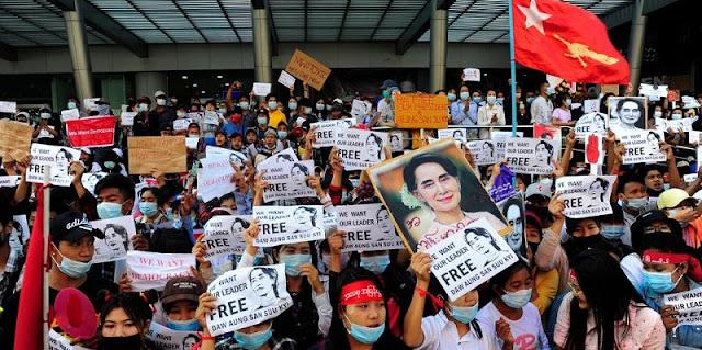 Situasi Makin Kacau, Dari Polisi Hingga Warga Sipil Myanmar Berbondong-bondong Kabur Ke India