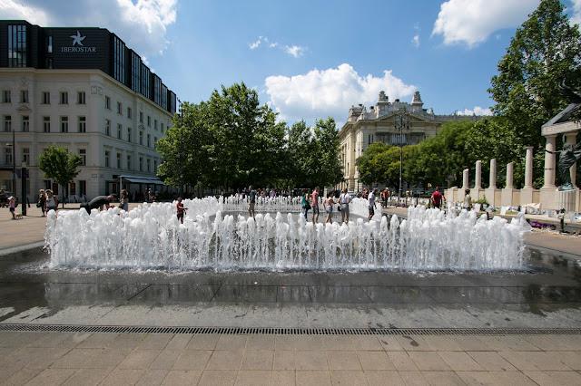 Fontana al monumento dedicato agli ebrei-Budapest