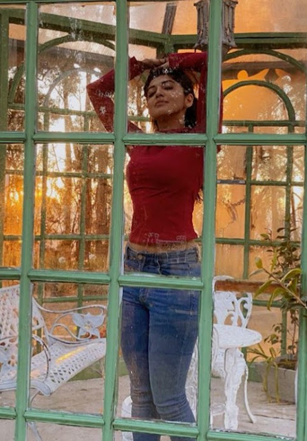 Pranitha Subhash Stunning Photos