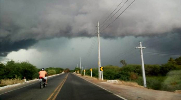 Inmet emite alerta de chuva forte com intensidade na região norte da Bahia.