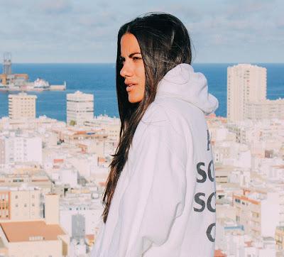 Sofi de la Torre Unveils New single 'Flex Your Way Out' ft. Blackbear