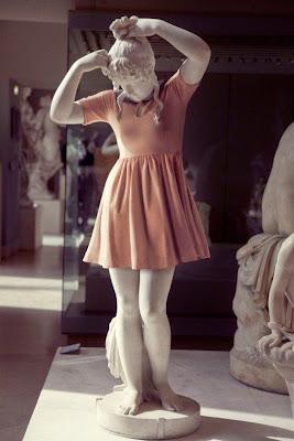 fatografias de escultura vestidas