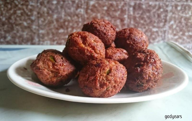 Recipe - Chicken kuzhi appam / Kerala style chicken meatballs