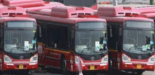 शहर में मेट्रो बसों को नहीं मिल रही सवारी, ऑटो में ओवरलोडिंग 20 में से अधिकतर बसें चल रही खाली