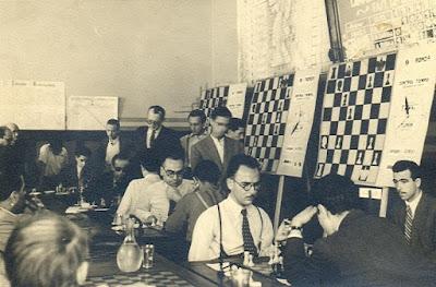 Partidas de la 9ª Ronda del Torneo Internacional de Sabadell-1945