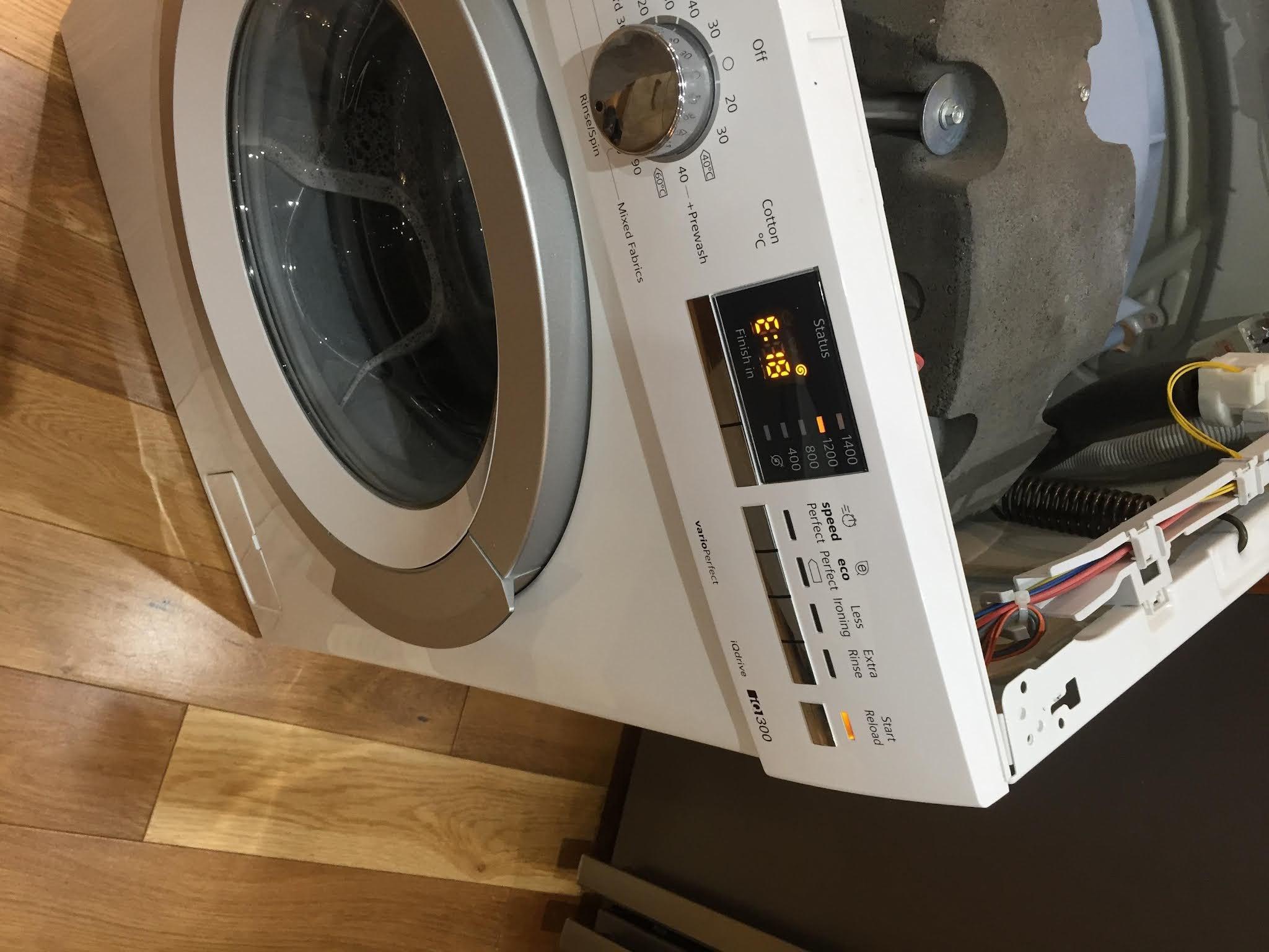 Siemens Waschmaschine Fehlercode E18 - Gelöst