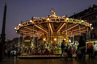 carrossel2 - Feirinha de Natal na Piazza Navona!