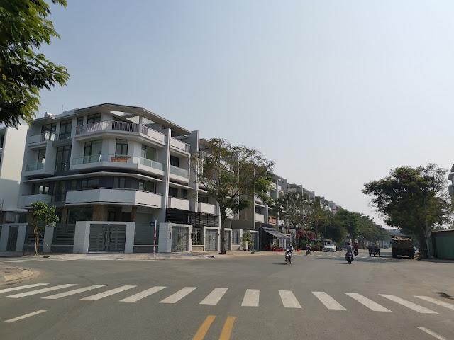Bán nhà phố Vạn Phúc 6x17
